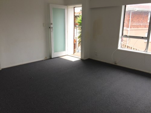Otahuhu, Don't miss out on this unit on Rodney St, Property ID: 31000656   Barfoot & Thompson