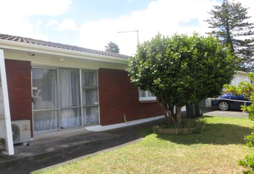 Mangere East, Refurbished 2 Bed Unit with Garage...., Property ID: 36000176 | Barfoot & Thompson
