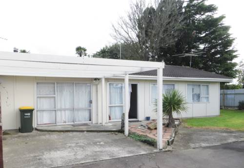 Takanini, Tidy 3 Bedroom Family Home + Car Port, Property ID: 36000699 | Barfoot & Thompson