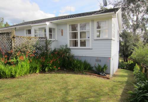 Glen Eden, AFFORDABLE 3 BEDROOM FAMILY HOME -LAWNS AND WATER INCLUDED, Property ID: 36001719 | Barfoot & Thompson