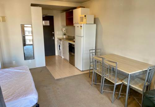 City Centre, Furnished Studio Apartment in 'Rodney', Property ID: 39000154   Barfoot & Thompson