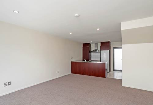 Grafton, Spacious Townhouse 2 Bedrooms, Property ID: 39000170 | Barfoot & Thompson