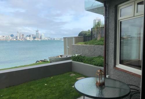 Devonport, Fully Furnished One Bedroom On The Waters Edge..City views., Property ID: 13000505 | Barfoot & Thompson