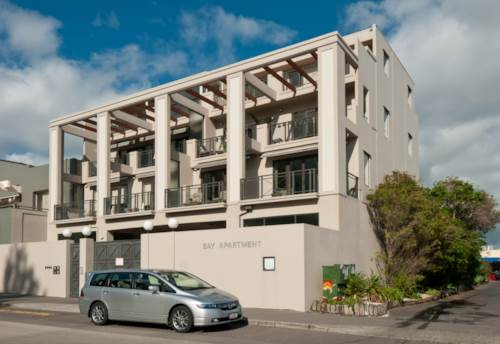 Browns Bay, Secure Apartment - Browns Bay, Property ID: 12000624 | Barfoot & Thompson