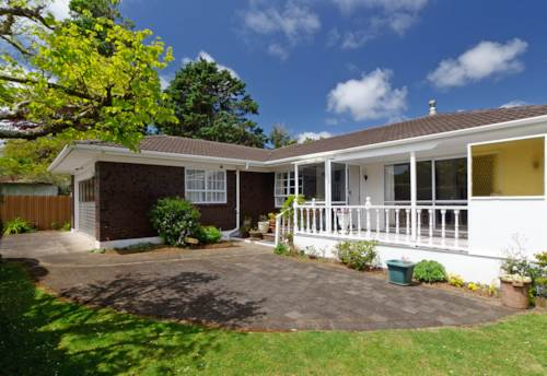 Royal Oak, Single Level Brick & Tile - A Beauty , Property ID: 14000547   Barfoot & Thompson
