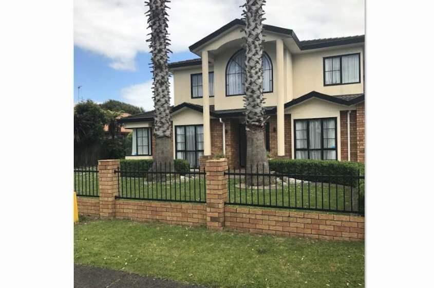Property located at 40 Longford Park Drive, Takanini, New Zealand | Barfoot & Thompson