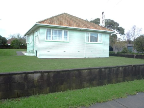 Papatoetoe, Rugby's on at Ranfurly!, Property ID: 20000537 | Barfoot & Thompson