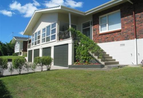 Kohimarama, Spacious, sunny 2 bed unit with northerly aspect, Property ID: 23000820 | Barfoot & Thompson