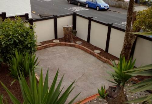 Mt Eden,  Great location 3 Bedroom House + Sleepout, Property ID: 25000373   Barfoot & Thompson
