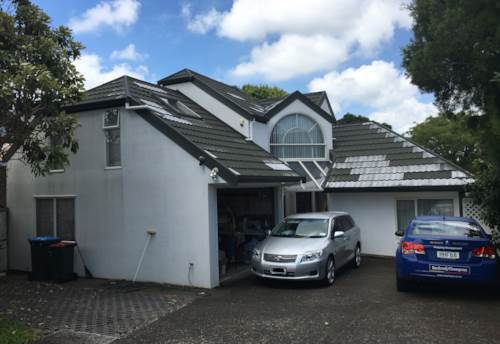 Mt Roskill, Handy Location, Property ID: 26000411 | Barfoot & Thompson