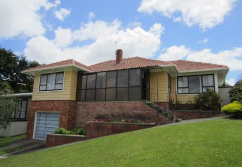 Mt Roskill, High on the Hill!, Property ID: 26000929   Barfoot & Thompson