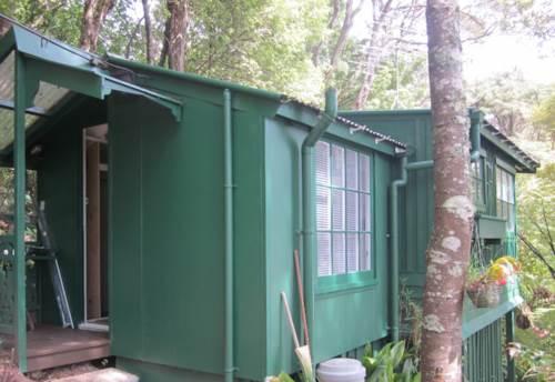 Titirangi, Bush Retreat, Property ID: 27000095 | Barfoot & Thompson