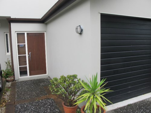 Greenlane, 3 BEDROOM - 2 BATHROOM - DOUBLE GRAMMAR ZONE, Property ID: 30001295 | Barfoot & Thompson