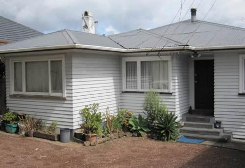 Glen Eden, GREAT LOCATION 3 BEDROOM HOME, Property ID: 30001440   Barfoot & Thompson