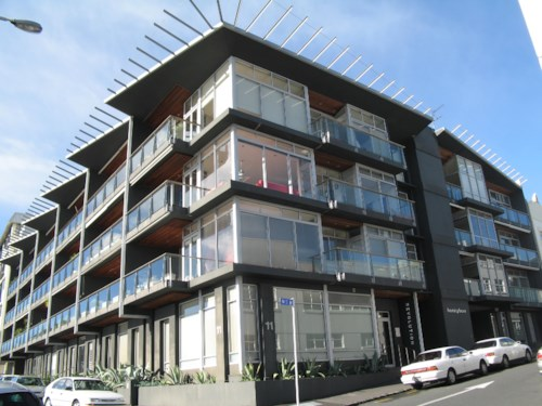 Parnell, Great entertainer's apartment - views to harbour, Property ID: 30001475 | Barfoot & Thompson