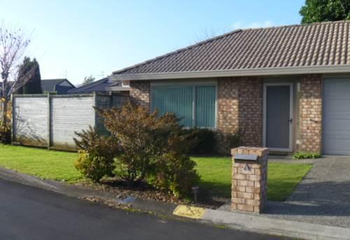 Papakura, Great Location , Property ID: 35000902 | Barfoot & Thompson