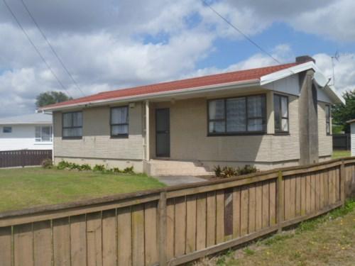 Papakura, Papakura Home Plus Rumpus, Property ID: 35000947 | Barfoot & Thompson