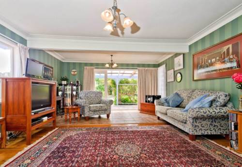 Howick, SUNNY HOME!, Property ID: 17000893 | Barfoot & Thompson