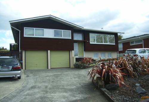 Pakuranga, SHORT TERM HANDY HOME!, Property ID: 17001047 | Barfoot & Thompson