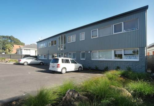 Mt Eden, Short walk to Mt Eden Village, refurbished apartment., Property ID: 25000490 | Barfoot & Thompson