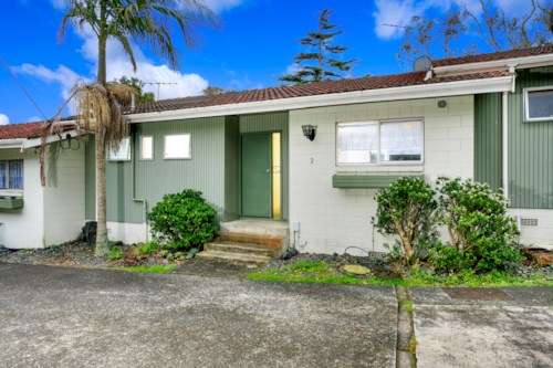 Takapuna, Newly Refurbished, Property ID: 41000426 | Barfoot & Thompson